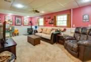 16-Family-Room